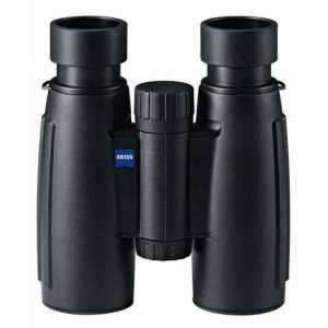 712.00.18 Бинокль Zeiss Conquest 8x30